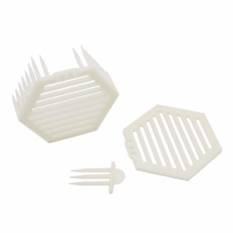 plastic-hexagon-queen-cage