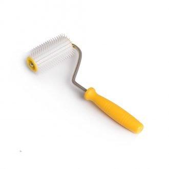 uncapping-fork-wheel-plastic